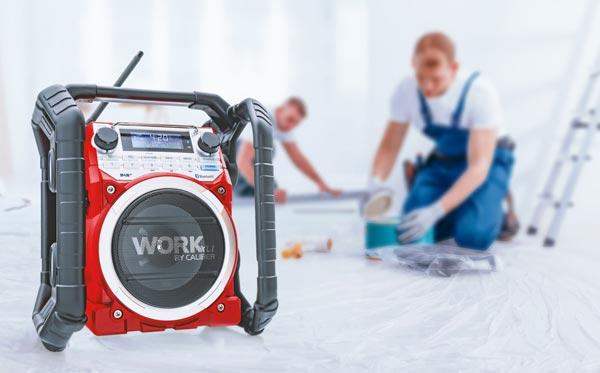 bouwradio-tijdens-schilderen